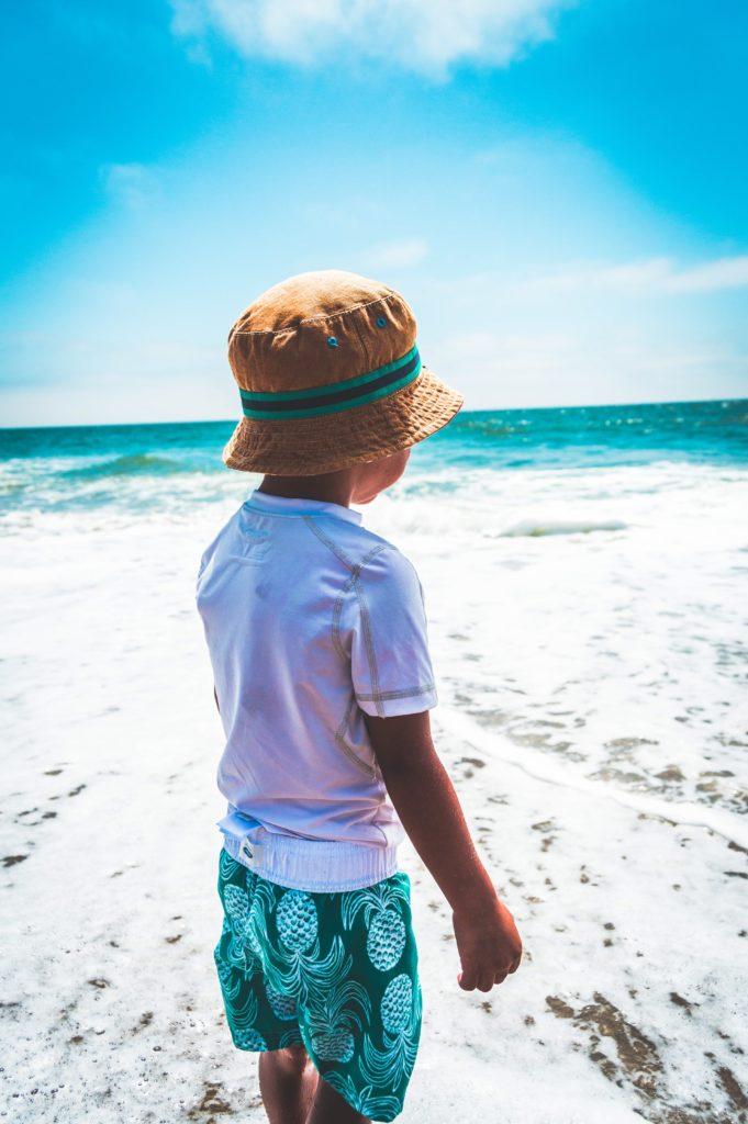 tee-shirt anti UV enfant plage nanoparticules