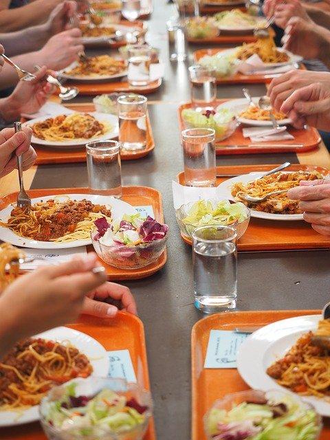 cantine repas plastique loi egalim