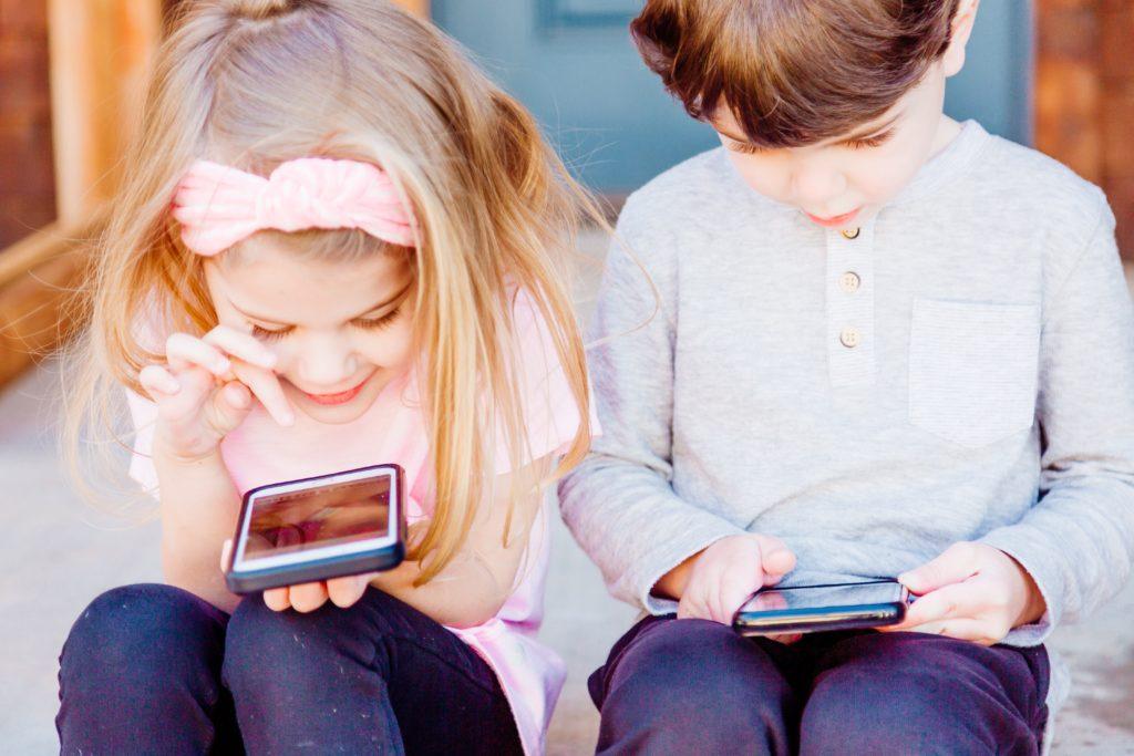 impact écrans enfants ondes électromagnétiques